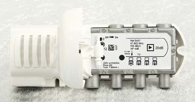 Inomhusförst. MA-545740 LTE 2+1 20/14dB IEC med 12V dc-matning